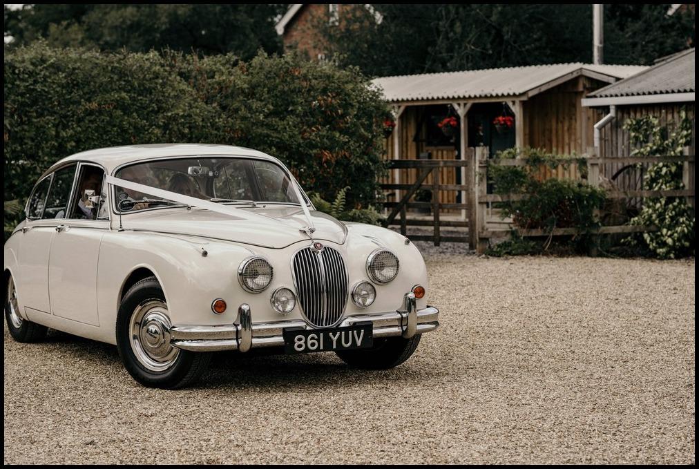 classic wedding cars cheshire.